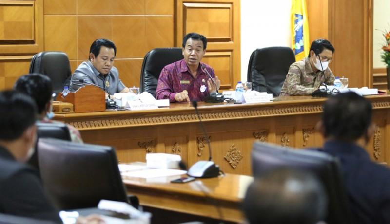www.nusabali.com-banggar-semprot-tapd-badung