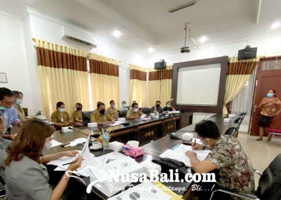 Nusabali.com - pegawai-kontrak-rsud-buleleng-overload