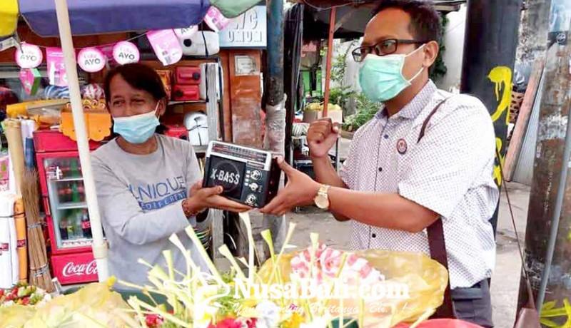 www.nusabali.com-kpid-bali-bagikan-radio-gratis