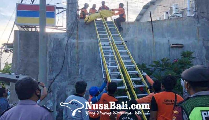 www.nusabali.com-perbaiki-atap-pekerja-tewas-tersengat-listrik