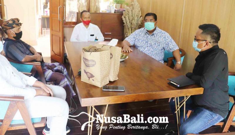 www.nusabali.com-komunitas-aren-desa-pedawa-temui-bupati-agus-suradnyana