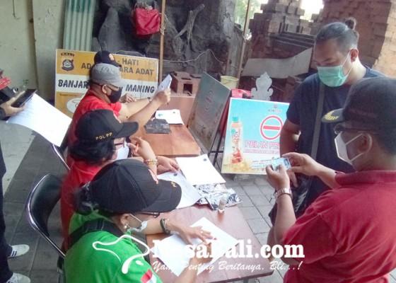 Nusabali.com - razia-prokes-di-pemecutan-kelod-32-pelanggar-terjaring