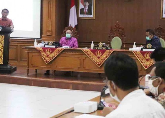 Nusabali.com - sekda-adi-arnawa-buka-rakor-tpid-kabupatenkota-se-bali