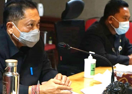 Nusabali.com - dprd-denpasar-setujui-ranperda-apbd-2021-dan-ranperda-penyertaan-modal-perumda-air-minum-menjadi-perda