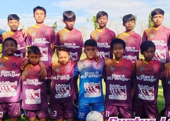 Nusabali.com - ssb-guntur-lenju-juara-banyuwangi-cup