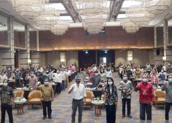 Nusabali.com - 100-pelaku-usaha-difasilitasi-badan-hukum