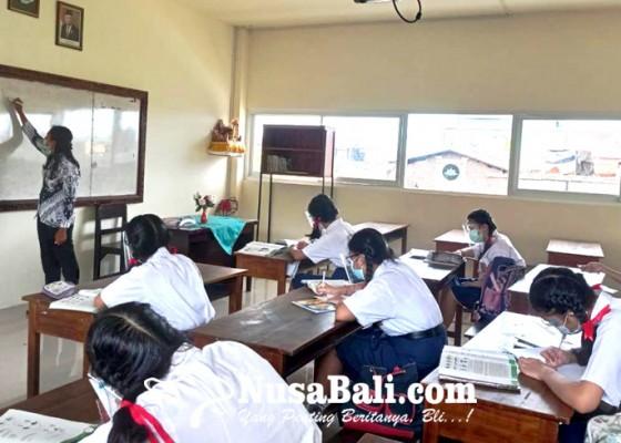 Nusabali.com - smp-nasional-denpasar-simulasi-pembelajaran-tatap-muka