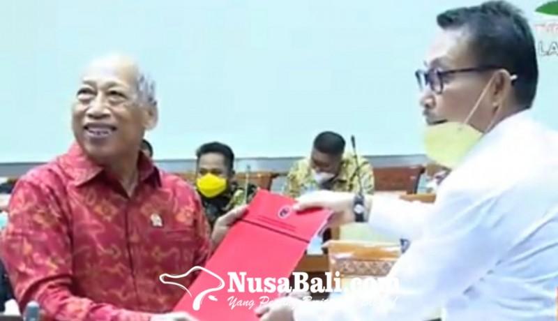 www.nusabali.com-setujui-7-calon-anggota-ky-sudirta-jadi-jubir-fraksi-pdip