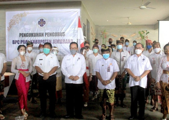Nusabali.com - bpc-phri-kabupaten-jembrana-periode-2020-2025-resmi-dilantik