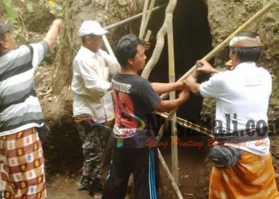 Nusabali.com - penggalian-goa-misterius-dihentikan-sementara