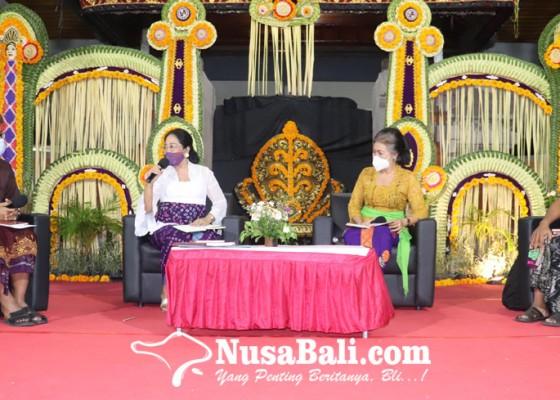 Nusabali.com - motif-tenun-dan-ukiran-khas-buleleng-dibukukan