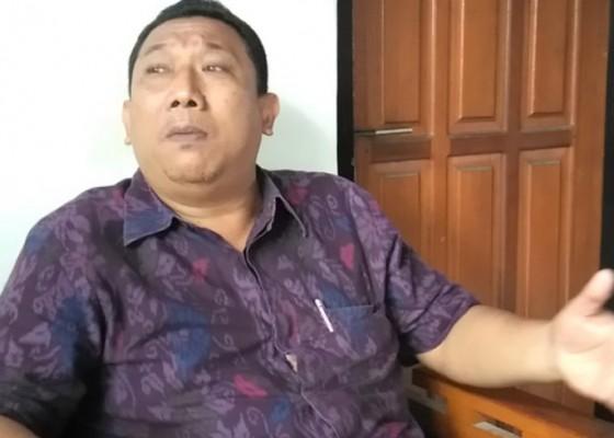 Nusabali.com - jadi-tersangka-perbekel-bungkulan-hanya-dikenakan-wajib-lapor