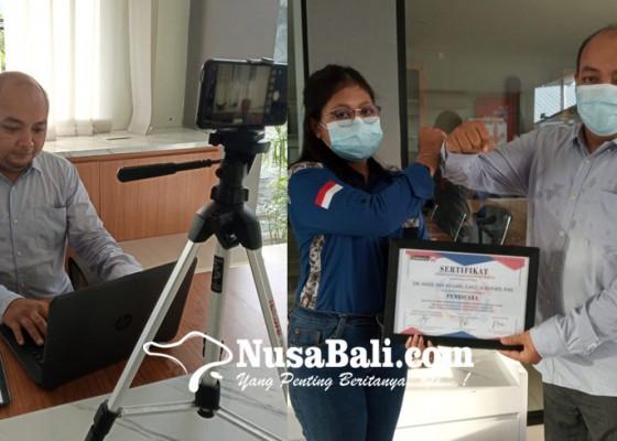 Nusabali.com - ingatkan-bahaya-aids-pik-m-stiki-gelar-webinar-bersama-ketua-forum-peduli-aids-bali