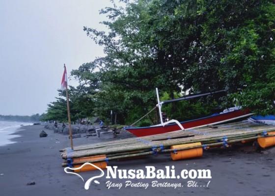 Nusabali.com - gelombang-terjang-pantai-penimbangan