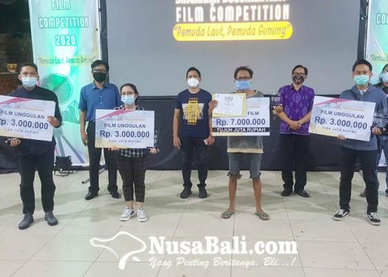 Nusabali.com - kaki-kita-juara-lomba-film-dokumenter-singaraja