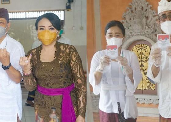 Nusabali.com - pilkada-denpasar-walikota-rai-mantra-dan-wawali-jaya-negara-nyoblos-dengan-disiplin-prokes
