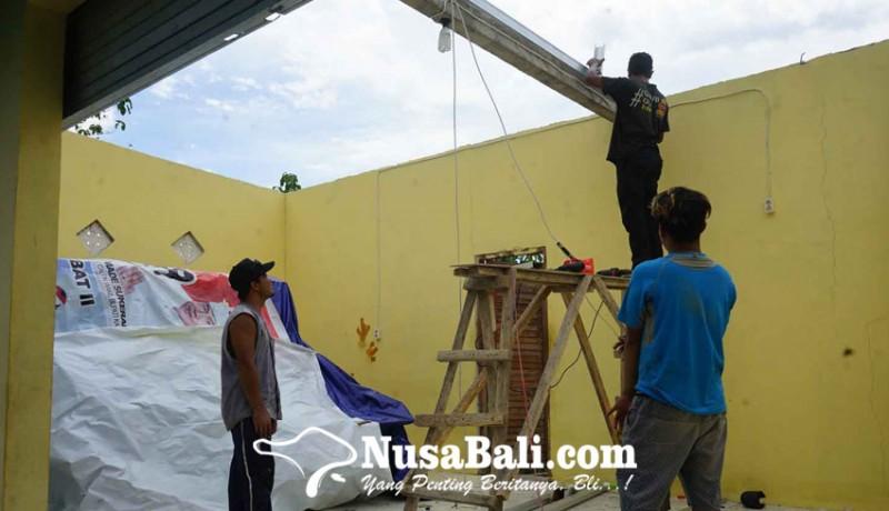 www.nusabali.com-23-rumah-di-seraya-tengah-diterjang-puting-beliung