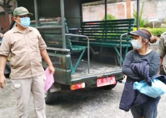 Nusabali.com - nyuri-motor-perempuan-diduga-odgj-dipulangkan