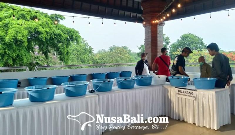 www.nusabali.com-penggemar-ikan-koki-di-bali-gelar-pameran-pengunjung-dapat-giveaway