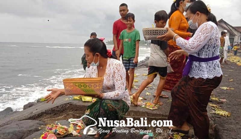 www.nusabali.com-bantu-pamedek-nunas-toya-segara-ada-yang-dapat-rp-500000