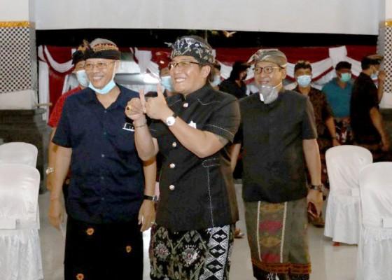 Nusabali.com - komit-pulihkan-ekonomi-dengan-bangkitkan-umkm-dan-ekonomi-digital