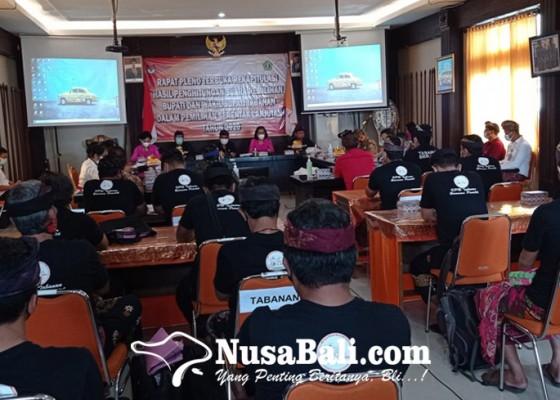 Nusabali.com - pleno-kpu-tabanan-suara-tidak-sah-cukup-tinggi