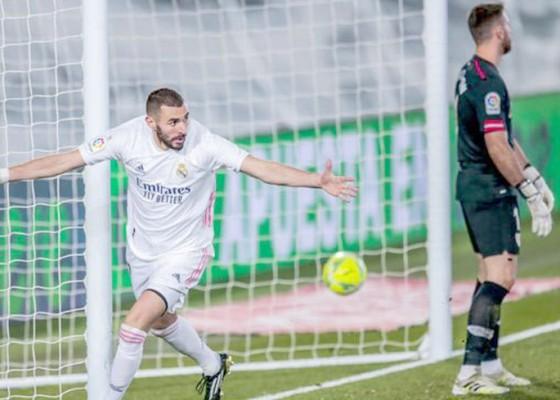 Nusabali.com - cetak-2-gol-madrid-benzema-dinilai-striker-terbaik-prancis