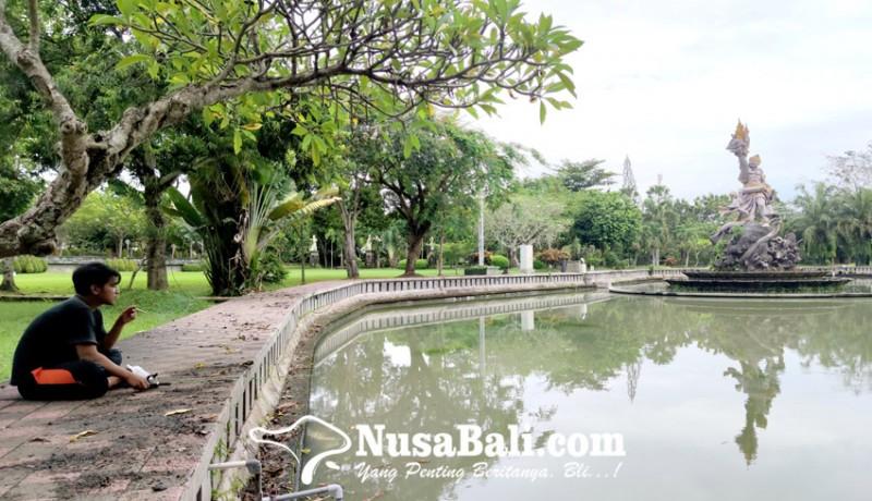 www.nusabali.com-memancing-di-kolam-taman-pecangakan