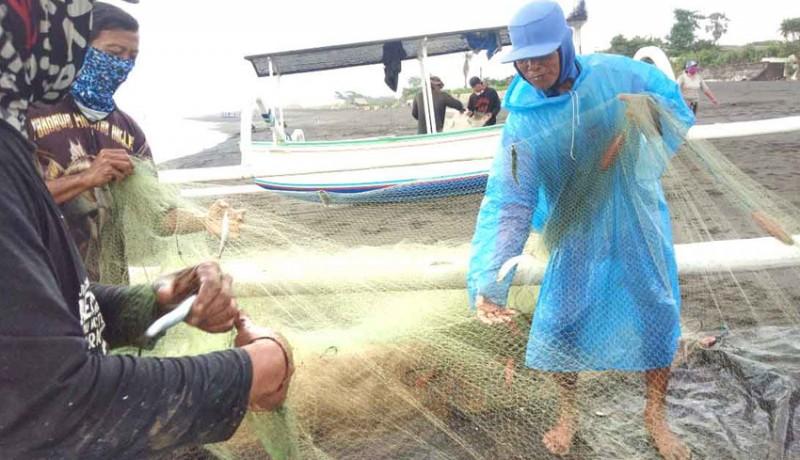 www.nusabali.com-ikan-tangkapan-nelayan-melimpah