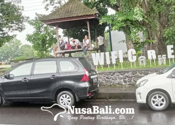 Nusabali.com - belum-serahkan-diri-kominfo-berencana-polisikan-oknum-yang-rusak-fasum