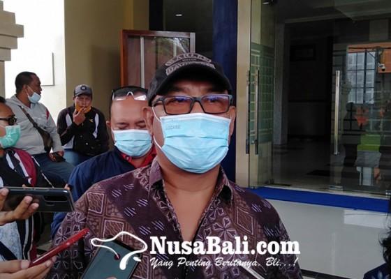 Nusabali.com - hina-gubernur-bali-dua-akun-fb-dipolisikan