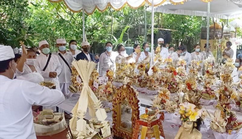 www.nusabali.com-upacara-atma-wedana-massal-dengan-pola-subsidi-silang