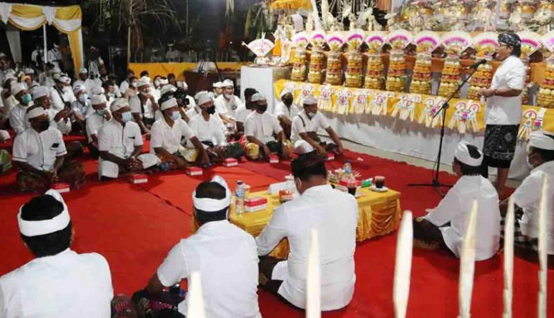 www.nusabali.com-nyakah-massal-di-desa-adat-punggul-diikuti-11-sawa
