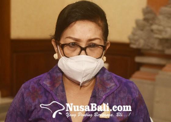 Nusabali.com - putri-koster-semangati-orangtua-tetap-kuat-dampingi-anak-anak-saat-pandemi