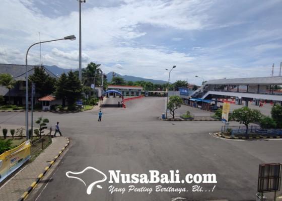 Nusabali.com - liburan-nataru-gilimanuk-lengang