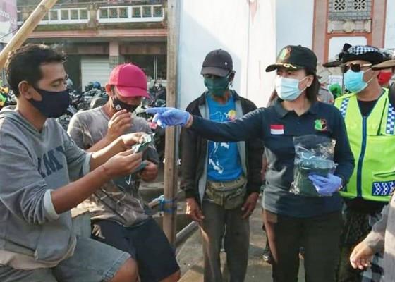Nusabali.com - sosialisasi-prokes-polres-badung-gelar-aksi-gerebek-desa