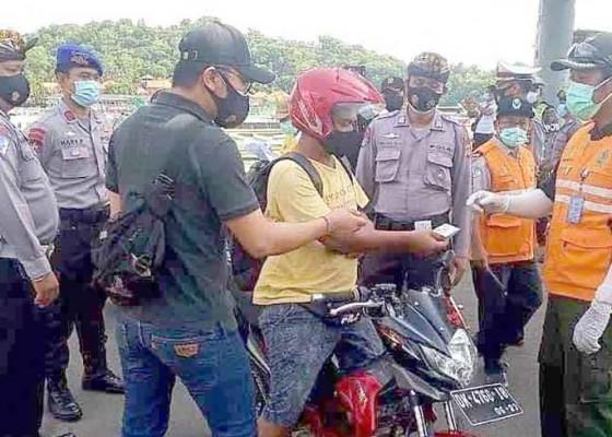 Nusabali.com - pemeriksaan-penumpang-di-padangbai-diperketat
