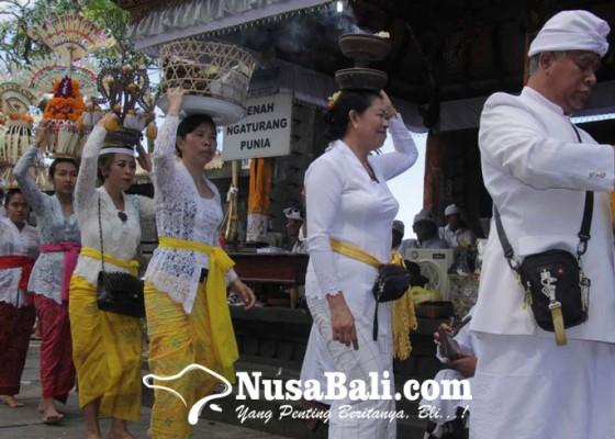 Nusabali.com - pamangku-goa-raja-meninggal-terkonfirmasi-covid-19