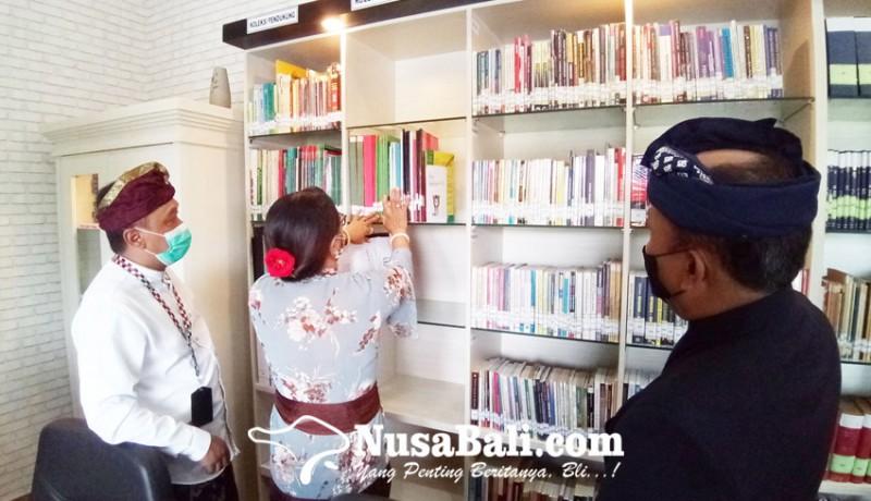 www.nusabali.com-perpustakaan-mewah-kejari-denpasar-diresmikan