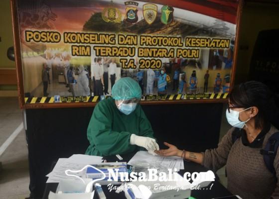 Nusabali.com - rapid-test-sebelum-mengikuti-acara-pemaparan-akhir-tahun-2020-kapolda-bali