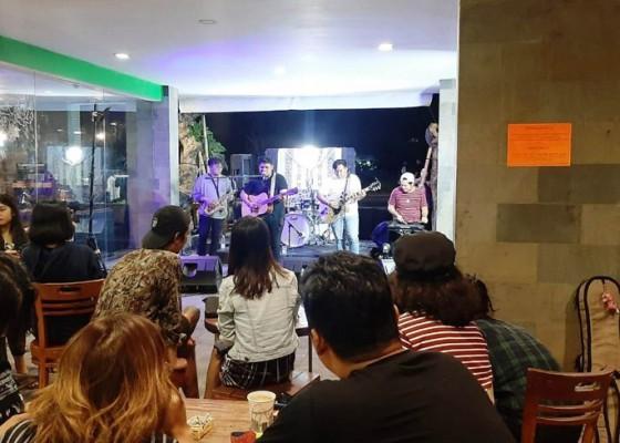 Nusabali.com - dinamika-musik-indie-di-bali-bergerak-melalui-ruang-musik