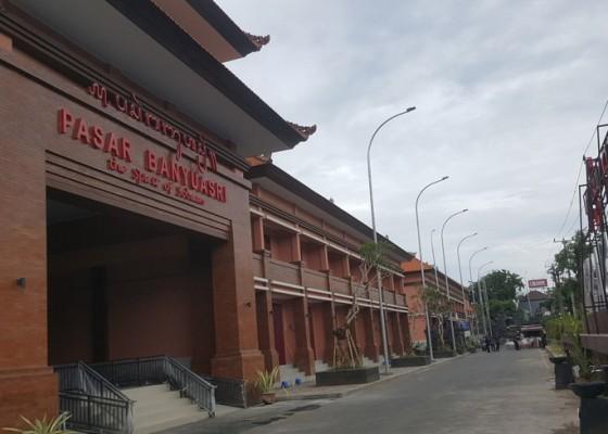 Nusabali.com - pemkab-tak-pasang-target-pemasukan-pasar-banyuasri