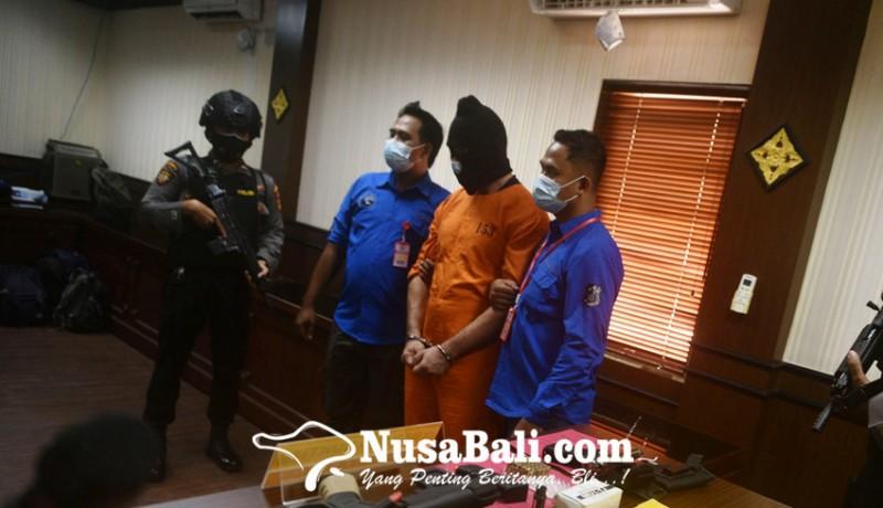 www.nusabali.com-tersangka-sebut-senjata-milik-temannya-di-jakarta