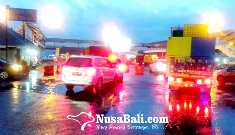 www.nusabali.com-15774-orang-tinggalkan-bali
