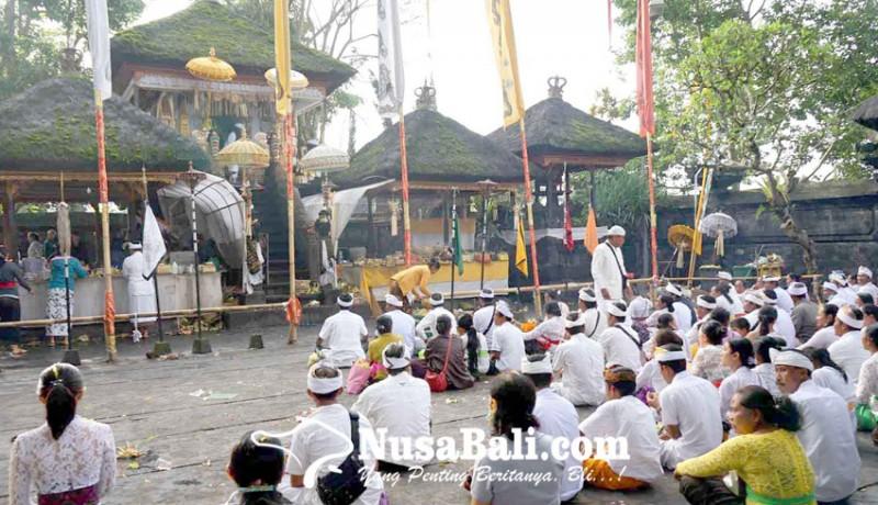 www.nusabali.com-usaba-dalem-di-besakih-ida-bhatara-nyejer-7-hari