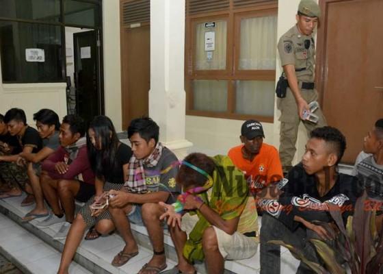 Nusabali.com - patroli-malam-ciduk-13-orang
