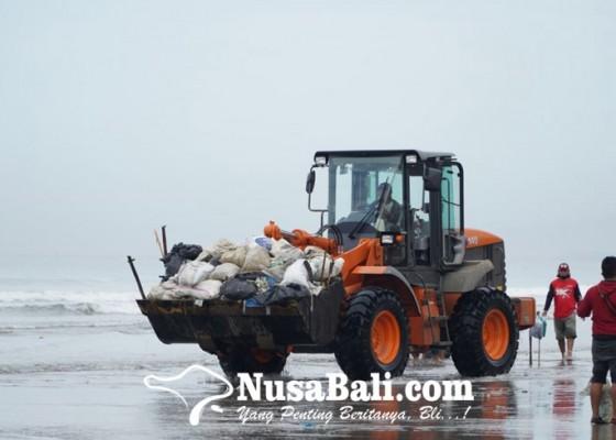 Nusabali.com - jaga-daya-tarik-pariwisata-ihgma-bali-bersih-bersih-pantai