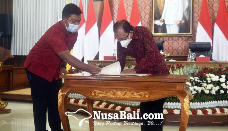 www.nusabali.com-kain-endek-bali-tembus-fashion-internasional