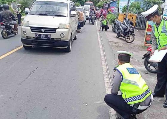 Nusabali.com - tabrak-truk-pengendara-motor-tewas
