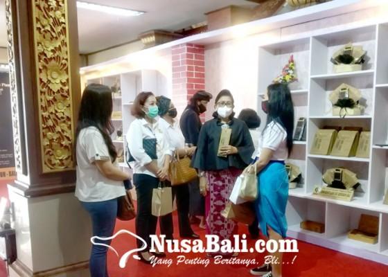 Nusabali.com - putri-koster-ajak-bersinergi-dengan-pemprov-bali-tangani-pandemi-covid-19